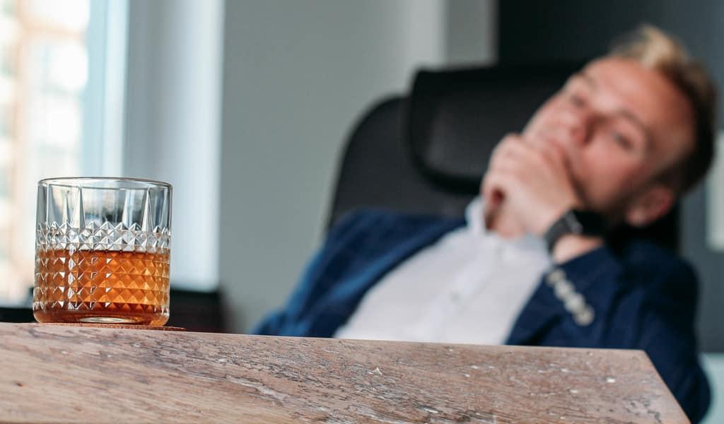 Beitragsbild zur Meldung Alkohol - Gefährdung am Arbeitsplatz