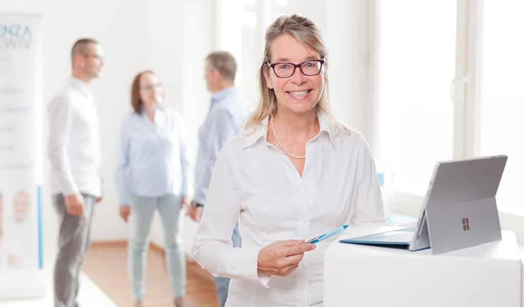 Beitragsbild zur Meldung der WENZA EWIV über Mitarbeiter-Care, Doris Franke