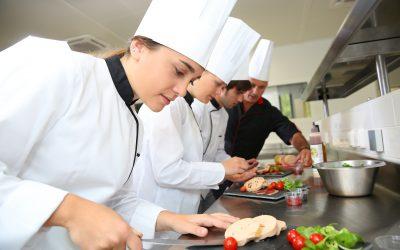 Studie zeigt: Köche leiden besonders häufig unter körperlicher und psychischer Erschöpfung