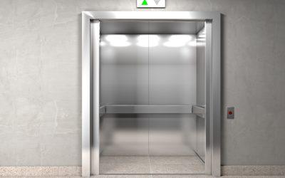 Infektionsgefahr im Aufzug
