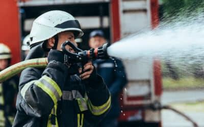 Brandbekämpfung:  Studie zu Gesundheitsrisiken zeigt Gefährdungen auf